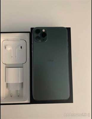 IPhone 11 Pro Max più AirPods