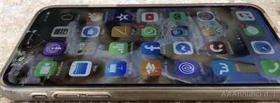 IPhone X con vetro rotto e Face ID